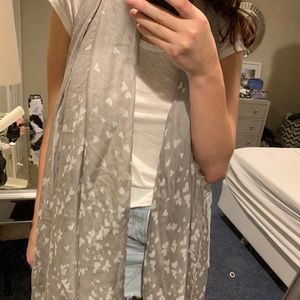 NWT Heart print scarf